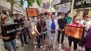 """Kuşadası'nda """" Kadına Yönelik Şiddet """" protesto edildi"""