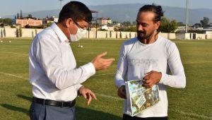 Nazilli Belediyespor'da kaptan Zafer'e doğum günü sürprizi