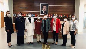 AK Parti Efeler İlçe Kadın Kolları'na yeni başkan atandı