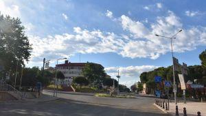 Karacasu'da kısıtlamalar kaldırıldı, pazarcı esnafı sevindi