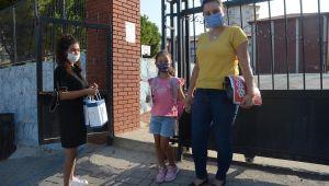 Kuşadası Belediyesi okulların yıl boyunca maske ihtiyacını karşılayacak