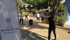 Aydın Büyükşehir Belediyesi'nin düzenlediği sabah sporları devam ediyor