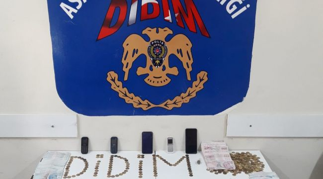 Didim'de sahte altınlı dolandırıcılar polise takıldı