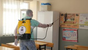 - Efeler Belediyesi okullarda dezenfekte çalışması yaptı