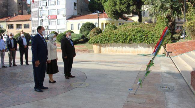 Efeler'de muhtarlar günü düzenlenen tören ile kutlandı