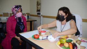 Kuşadası Belediyesi'nin diyetisyen hizmetinden bir yılda 1055 kişi faydalandı