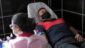 Nazilli'de alev savaşçılarından Kızılay'a kan desteği