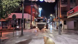 Büyükşehir Nazilli'yi köpüklü suyla yıkadı
