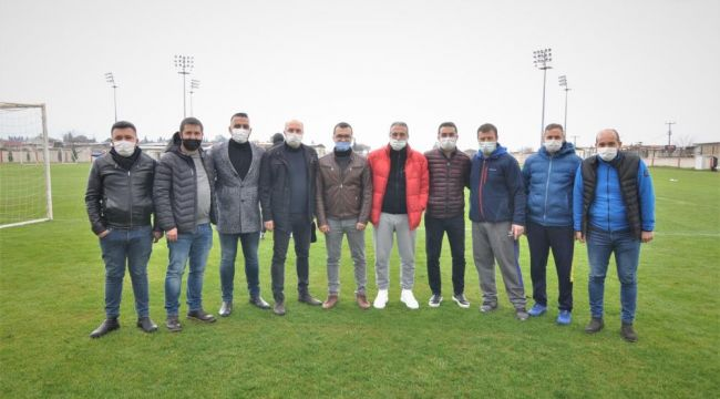 Nazilli Belediyespor'a ikinci yarı öncesi baklava dopingi