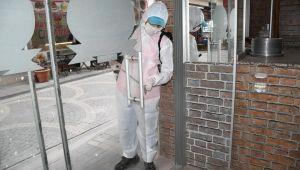 Kuşadası'nda 1 günde 123 işletme dezenfekte edildi