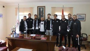 Kuşadası Gençlikspor'da yeni transferler imza attı