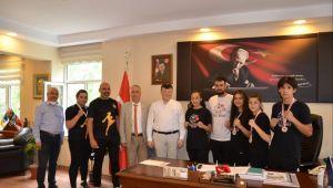 Aydın Gençlik ve Spor İl Müdürü Fillikçioğlu başarılı sporcuları ağırladı
