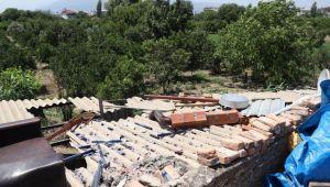 Nazilli Belediyesi ile AFAD afetzede vatandaşın maddi manevi yanında