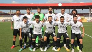 Kuşadası Gençlikspor 3. lige yükseldi.